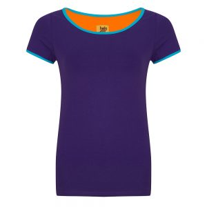 #135 Shirt paars met blauwe biezen ronde hals