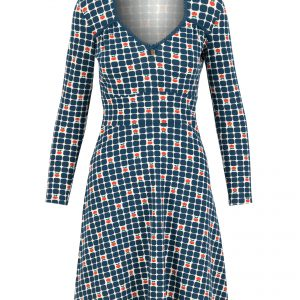 Blutsgeschwister: Diamond heart robe picking apple