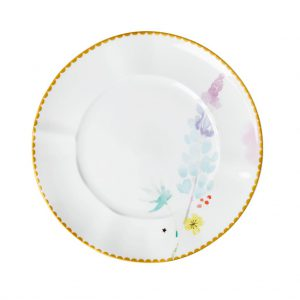 RICE: Porseleinen lunchbord - Blue Lupin Print Porseleinen lunchbord met prachtige print en gouden randje. Diameter: 23 cm Porcelain lunch plate with Blue Lupin print and beautiful curved gold border in matte metallic