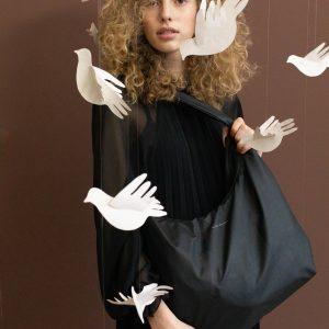 Tinne + Mia: Cato | bold cross over bag | black