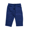 """Someone: Gestreept broekje blauw CARBA Heerlijk jersey broekje met streepjes. Super stoer met aan de voorkant die """"nep"""" sluiting met knoopjes. 95% katoen   5% elastan"""