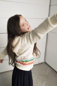 Like FLO: Off-white hoody sweat vest