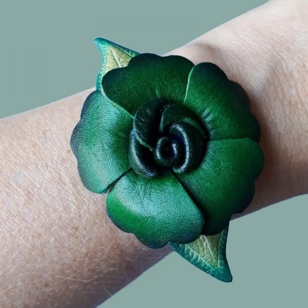 Urban Hippies: Armband Primrose - Flessen groen